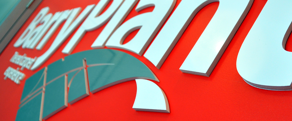 3D signage Barry Plant
